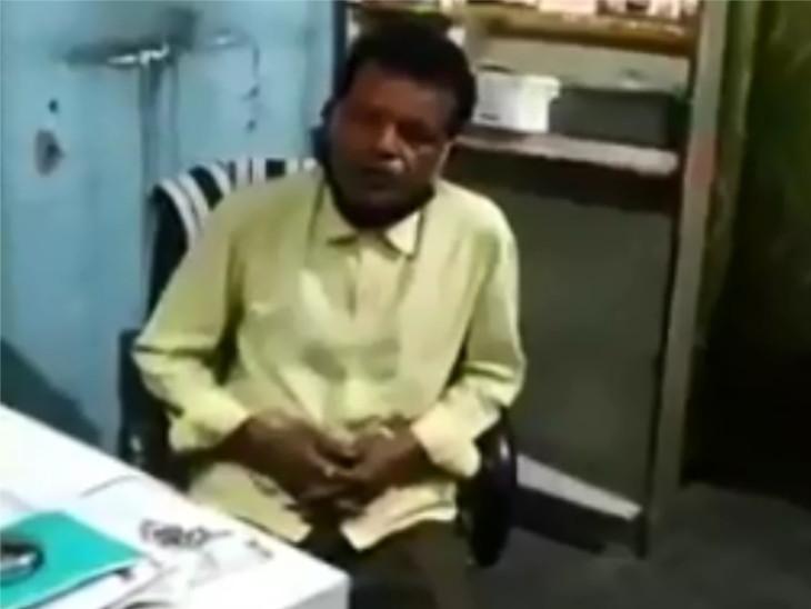 સુરતમાં રાતે 2 વાગે દારૂ પીને ક્લિનિક ચલાવતા બોગસ ડોક્ટરના લવારા, પોલીસને સોંપી દેવાયો|સુરત,Surat - Divya Bhaskar