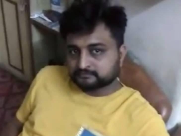 અમદાવાદમાં મણિનગરના PI અને પોલીસ કર્મીઓએ ફાઈનાન્સર પાસેથી લાખો રૂપિયા પડાવ્યા, પીડિતનો વીડિયો વાયરલ|અમદાવાદ,Ahmedabad - Divya Bhaskar