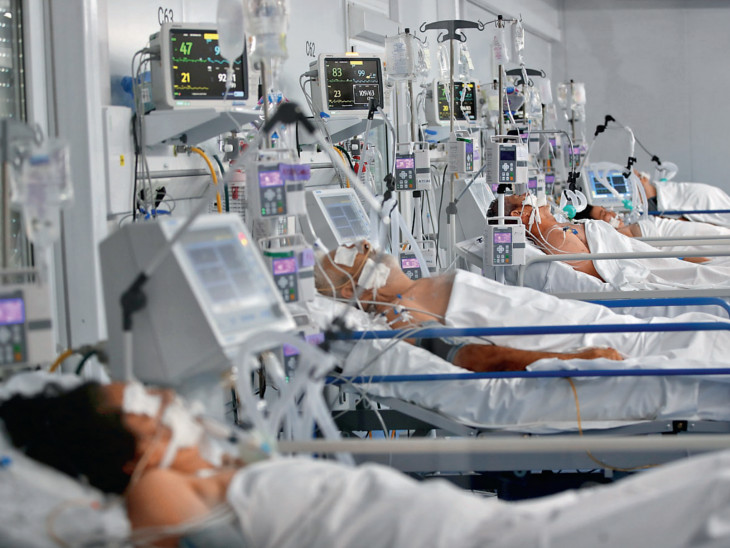 આર્જેન્ટિનાની રાજધાની બ્યુનસ આયર્સમાં 86 ટકા હોસ્પિટલોમાં બેડ બુક થઇ ચૂક્યા છે. - Divya Bhaskar
