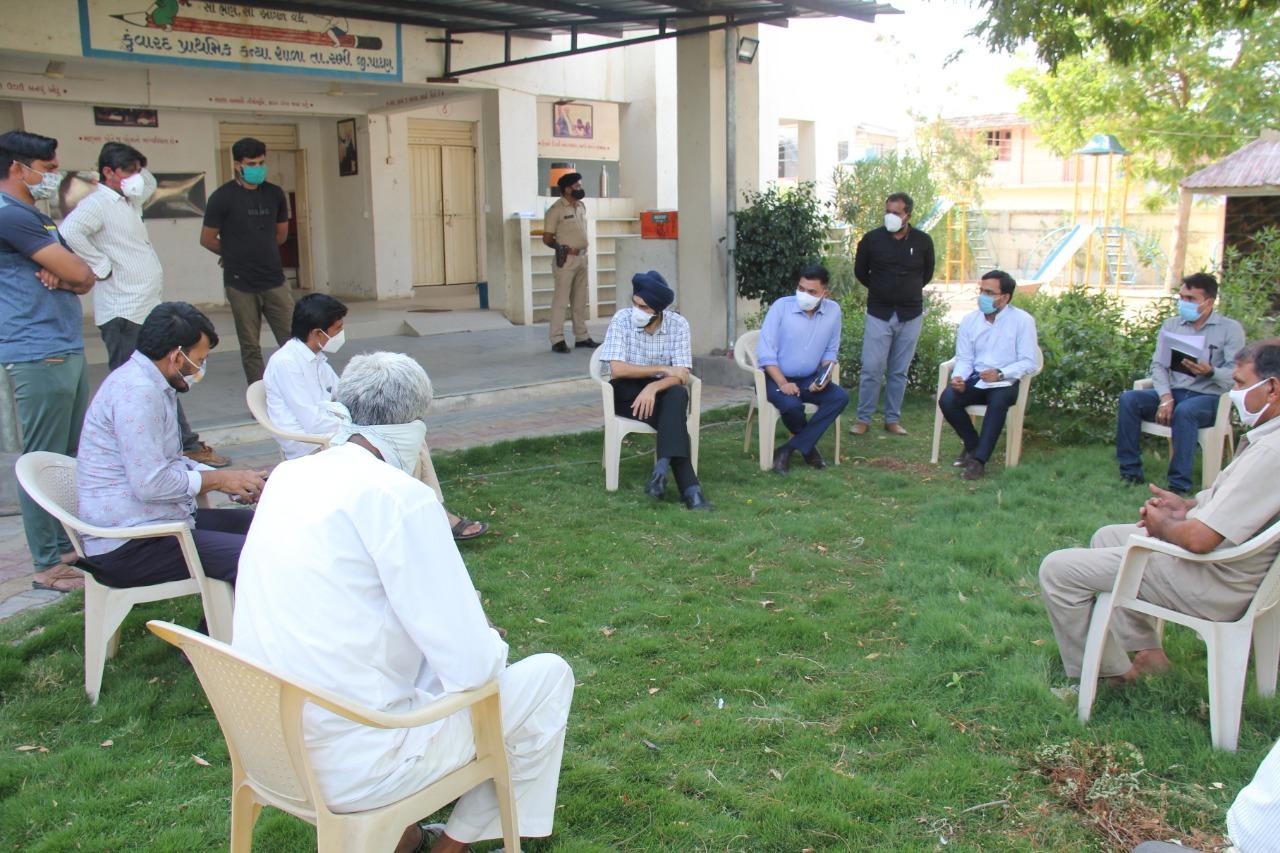 કોરોના વાયરસનું સંક્રમણ અટકાવવું હશે તો 10 દિવસનું સ્વૈચ્છિક લોકડાઉન આવશ્યક - જિલ્લા કલેક્ટર પાટણ,Patan - Divya Bhaskar