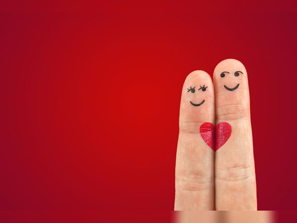 USમાં એકલા રહેતા વૃદ્ધો વેક્સિન લગાવ્યા પછી પ્રેમની શોધમાં લાગ્યા, 4270 કિ.મી.નો પ્રવાસ કરીને પણ લગ્ન કરવા જાય છે વર્લ્ડ,International - Divya Bhaskar