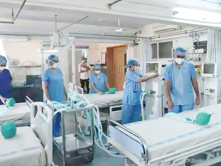 રાજ્યમાં કોવિડ ડ્યૂટીમાં ફરજ બજાવી રહેલા કોન્ટ્રાક્ટ પરના આરોગ્ય કર્મચારીઓને 15થી 21 હજારની પ્રોત્સાહક રકમ અપાશે|ગાંધીનગર,Gandhinagar - Divya Bhaskar