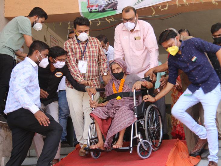 ઓક્સિજન લેવલ 60 થયું છતાં 8 દિવસે કોરોનાને હરાવ્યો|સુરત,Surat - Divya Bhaskar