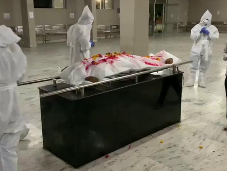 રાજકોટમાં કોરોના કેસોમાં આંશિક રાહત પરંતુ ગંભીર દર્દીઓ-મોતનું પ્રમાણ આજે પણ યથાવત, 11 દિવસમાં 665 દર્દીના મોત|રાજકોટ,Rajkot - Divya Bhaskar