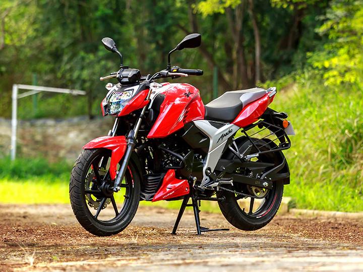 TVS Apache RTR 160 4Vની કિંમતમાં 1,250 રૂપિયાનો વધારો કરાયો, હવે ડ્રમ બ્રેક વેરિઅન્ટ ₹1.08 લાખ અને ડિસ્ક વેરિઅન્ટ ₹1.11 લાખમાં ખરીદી શકાશે|ઓટોમોબાઈલ,Automobile - Divya Bhaskar