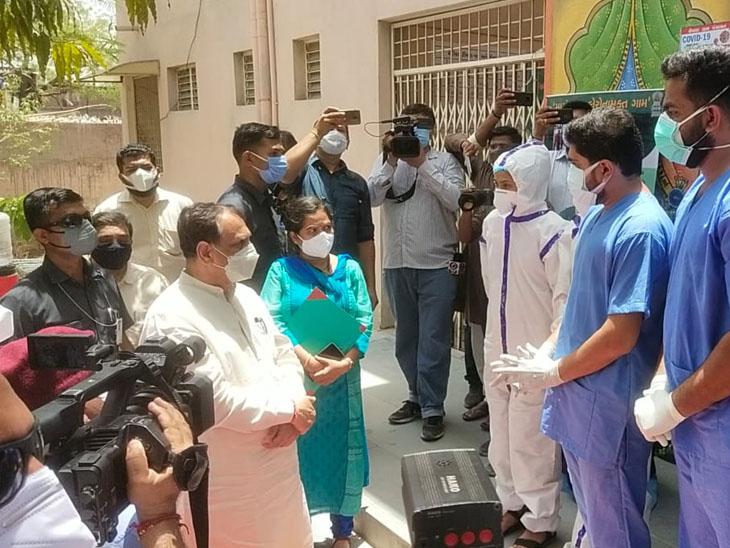 ગામના દર્દીઓ ગામમાં જ સાજા થાય તે માટે 'મારું ગામ કોરોના મુક્ત ગામ' અભિયાન : મુખ્યમંત્રી|સાણંદ,Sanand - Divya Bhaskar