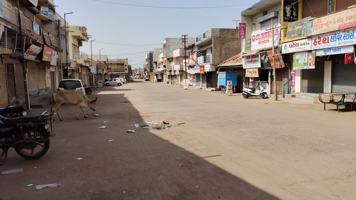 મોરબીના હળવદમાં સ્વૈચ્છિક બંધમાંથી ખાણીપીણીના ધંધાર્થીઓને મુક્તિ અપાઈ - Divya Bhaskar