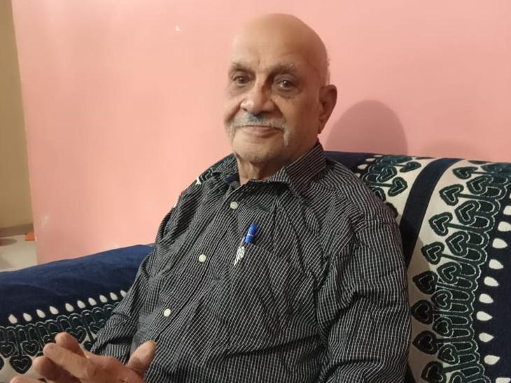 વડોદરામાં 82 વર્ષની ઉંમરે સતત 40 દિવસ ઓક્સિજન પર રહ્યા બાદ વૃદ્ધે કોરોનાને હરાવ્યો|વડોદરા,Vadodara - Divya Bhaskar