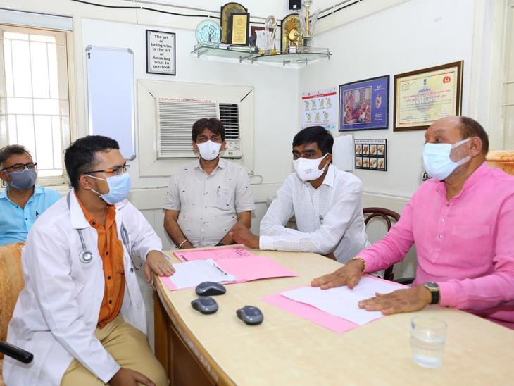 બારડોલી કોવિડ સેન્ટરમાં આરોગ્ય મંત્રીએ મુલાકાત લીધી. - Divya Bhaskar