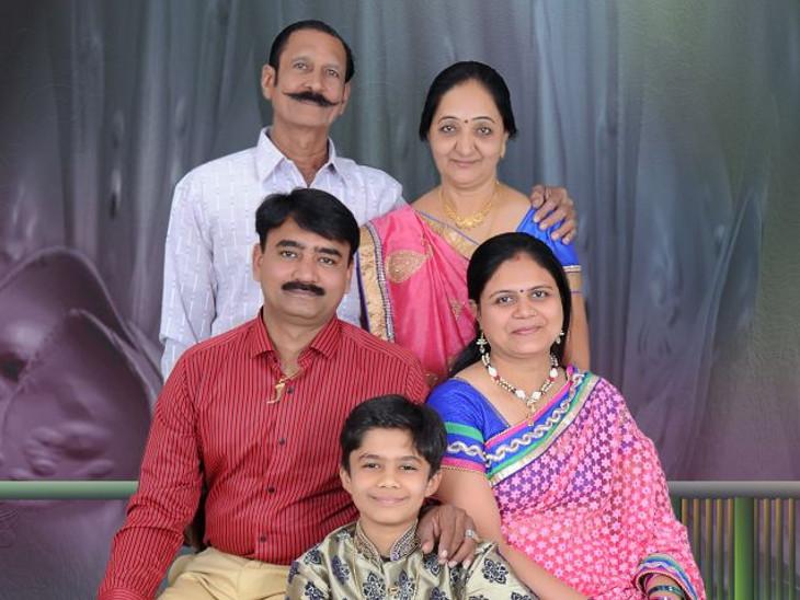 વડોદરાના વાઘોડિયા રોડ ઉપર રહેતો પંડ્યા પરિવાર - Divya Bhaskar