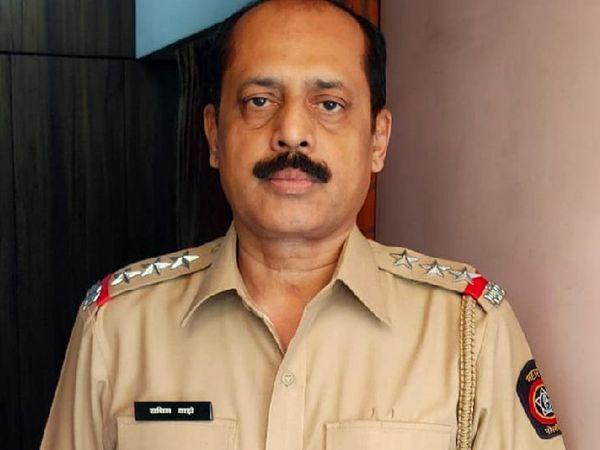 સચિન વજે નવી મુંબઈની તલોજા જેલમાં બંધ છે. - Divya Bhaskar