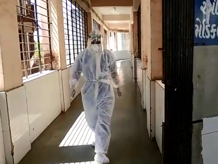 સ્મીમેર હોસ્પિટલ સતાધીશોએ જણાવ્યું હતું કે અમે પણ 30 બેડની હોસ્પિટલ તૈયાર કરી દીધી છે.