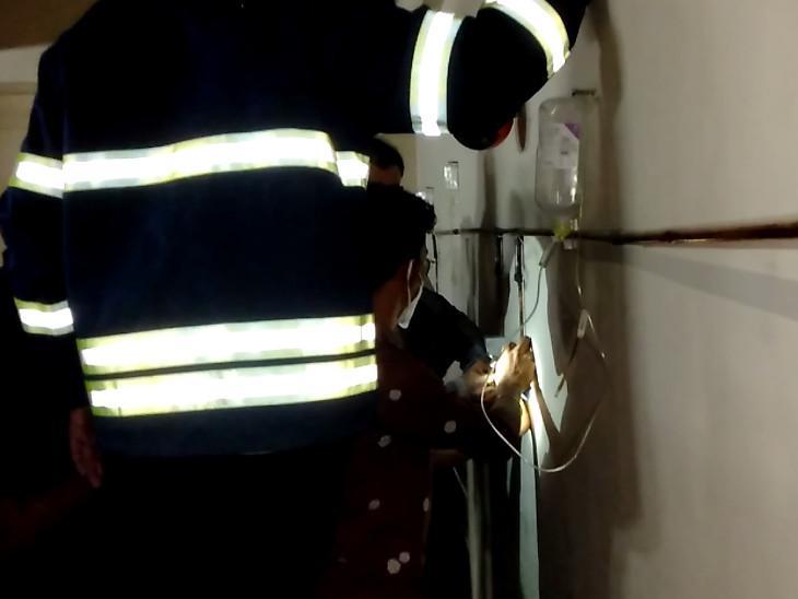ઓક્સિજન એન્જિનિયર સહિતની ટીમે તાબડતોબ સ્થળ પર પહોંચીને લીકેજ અટકાવ્યું હતું