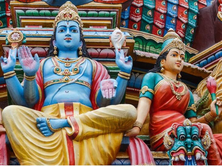 અખાત્રીજે ભગવાન વિષ્ણુની પૂજા કરવાની પરંપરા, શંખ દ્વારા વિષ્ણુજી અને લક્ષ્મીજીનો અભિષેક કરવો|ધર્મ,Dharm - Divya Bhaskar