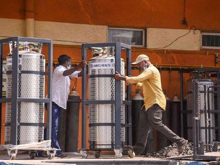 મહારાષ્ટ્રની રાજ્ય સરકારે કોરોનાની ત્રીજી લહેર સામે લડત આપવા માટે 'મિશન ઓક્સિજન આત્મનિર્ભરતા' અભિયાન શરૂ કર્યું હતું. - Divya Bhaskar