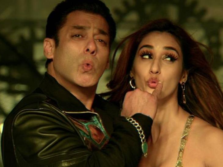 'રાધે' રિલીઝ થતાં જ ઝી 5નું સર્વર ક્રેશ તો બીજી બાજુ સો.મીડિયામાં 'રાધે ફિલ્મ કા બહિષ્કાર કરો' ટ્રેન્ડમાં|બોલિવૂડ,Bollywood - Divya Bhaskar