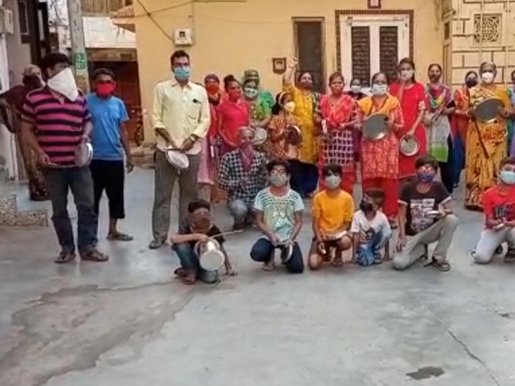 નાગરિકોએ કાર્યક્રમમાં મોટી સંખ્યામાં જોડાઇ ઓક્સિજન પ્લાન્ટ ફાળવવા માગ કરી હતી. - Divya Bhaskar
