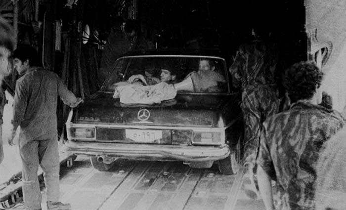 કમાન્ડોએ તેમના વિમાનમાં ચાર ગાડી લઈ ગયેલા,જે ઈદી અમીનના કાફલા જેવી જ હતી (ફાઈલ ફોટો).
