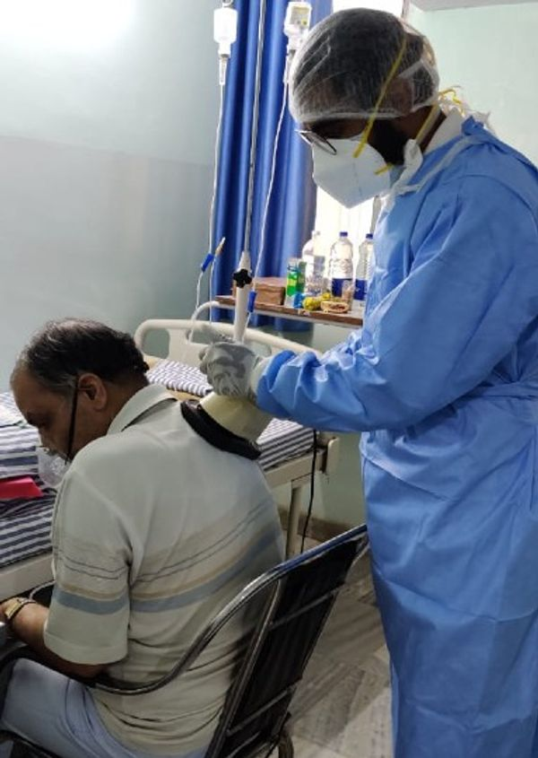 સીતારામ શર્મા નામના દર્દીને પણ ચેસ્ટ ફિઝીયોથેરેપીથી રાહત મળી છે. હવે ઓક્સિજન લેવાની જરૂર પડતી નથી.