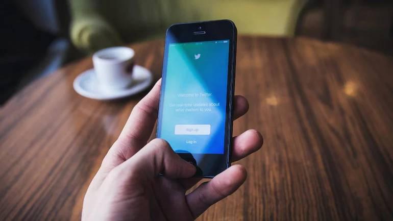 'ટ્વિટર બ્લૂ' સબસ્ક્રિપ્શનમાં યુઝર્સને એક્સક્લુઝિવ ફીચર્સ મળશે, દર મહિને 200 રૂપિયા આપવા પડશે ગેજેટ,Gadgets - Divya Bhaskar