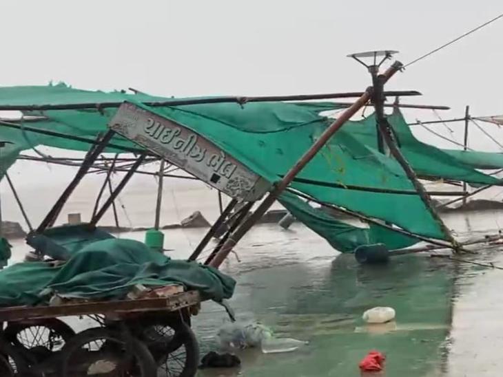જિલ્લામાં ઉનાળે અષાઢી માહોલ, ઉમરગામમાં 6 ઇંચ વરસાદ, આજે પણ વાવાઝોડાની અસર રહેશે વલસાડ,Valsad - Divya Bhaskar