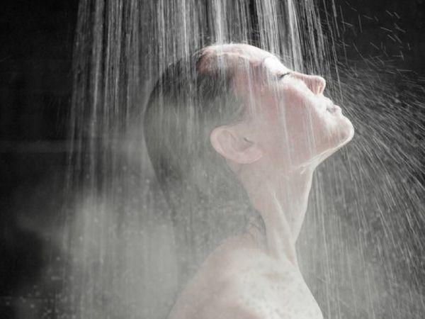 ડિપ્રેશનથી છૂટકારો મેળવવો છે તો ગરમ પાણીથી સ્નાન કરો, તેનાથી મૂડ સારો થતો હોવાનો અમેરિકાના વૈજ્ઞાનિકોનો દાવો|હેલ્થ,Health - Divya Bhaskar