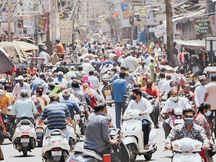 સતર્ક રહો! આવી ભૂલોથી જ ત્રીજી લહેરની આશંકા વધી શકે છે; 23 દિવસ પછી બજાર આંશિક અનલૉક અમદાવાદ,Ahmedabad - Divya Bhaskar