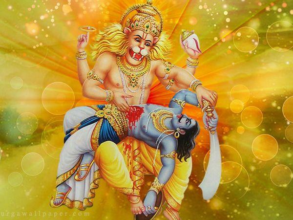 ભક્ત પ્રહલાદને બચાવવા માટે સિંહ અને મનુષ્યના સ્વરૂપમાં ભગવાન વિષ્ણુ પ્રકટ થયા હતાં|ધર્મ,Dharm - Divya Bhaskar