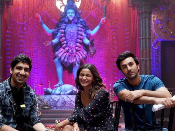 CBFC રણબીર-આલિયાની મોસ્ટ અવેટેડ ફિલ્મના 10 ટીઝર કટ્સ તથા 13 મોશન પોસ્ટર પાસ કર્યા બોલિવૂડ,Bollywood - Divya Bhaskar