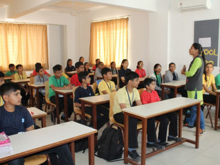 પબ્લિક સ્કૂલની ફાઇલ તસવીર. - Divya Bhaskar