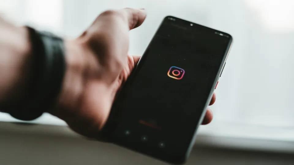 ઈન્સ્ટાગ્રામે ક્લબહાઉલ જેવું ઓડિયો રુમ્સ ફીચરનું ટેસ્ટિંગ શરૂ કર્યું, અપકમિંગ ફીચરનો સ્ક્રીન શૉટ લીક થયો|ગેજેટ,Gadgets - Divya Bhaskar