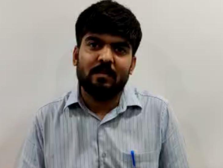 સુરતમાં કોરોનાથી પિતા અને કાકા ગુમાવનાર બે બાળકોના શિક્ષણની જવાબદારી આપના નેતાએ ઉપાડી સુરત,Surat - Divya Bhaskar