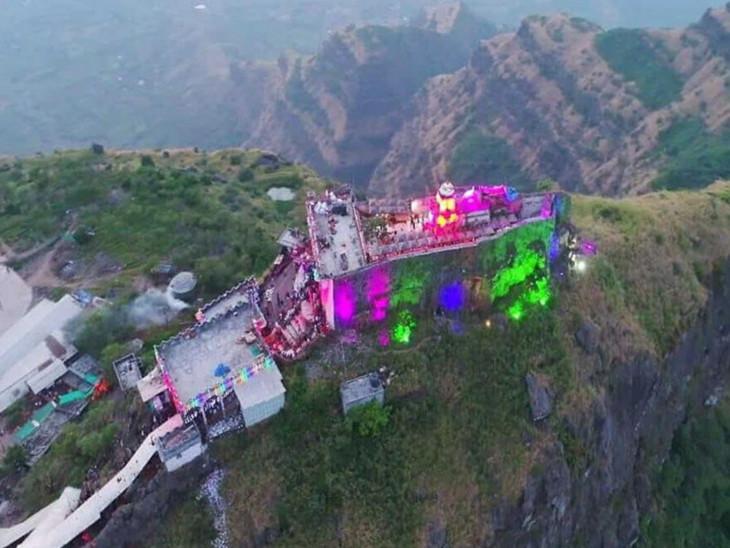 શામળાજી મંદિર 4 જૂન સુધી બંધ રાખવા ટ્રસ્ટે નિર્ણય કર્યો તો પાવાગઢ મંદિર પણ 10મી સુધી બંધ રાખવાનો નિર્ણય મોડાસા,Modasa - Divya Bhaskar