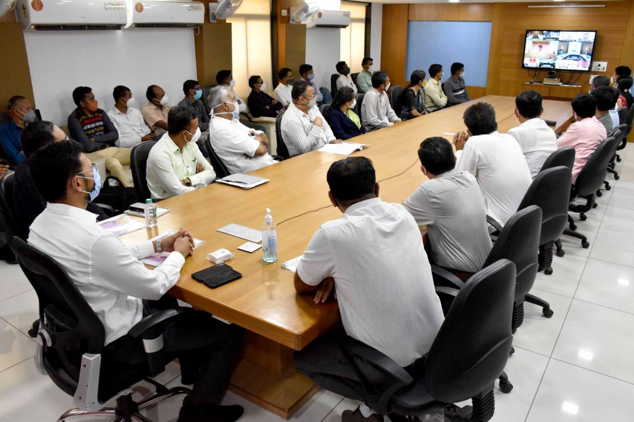 રાજ્યમાં ગ્રાન્ટેડ ઉચ્ચત્તર માધ્યમિક શાળાના શિક્ષણ સહાયકોને નિમણુંક પત્રો એનાયત, બનાસકાંઠાના 207 શિક્ષકો સેવામાં જોડાયા|પાલનપુર (બનાસકાંઠા),Palanpur (Banaskantha) - Divya Bhaskar