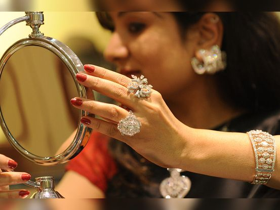 દેશમાંથી હીરાની નિકાસમાં 20 ટકા વૃદ્ધિની આશા,જ્વેલરીની નિકાસ વધી|બિઝનેસ,Business - Divya Bhaskar