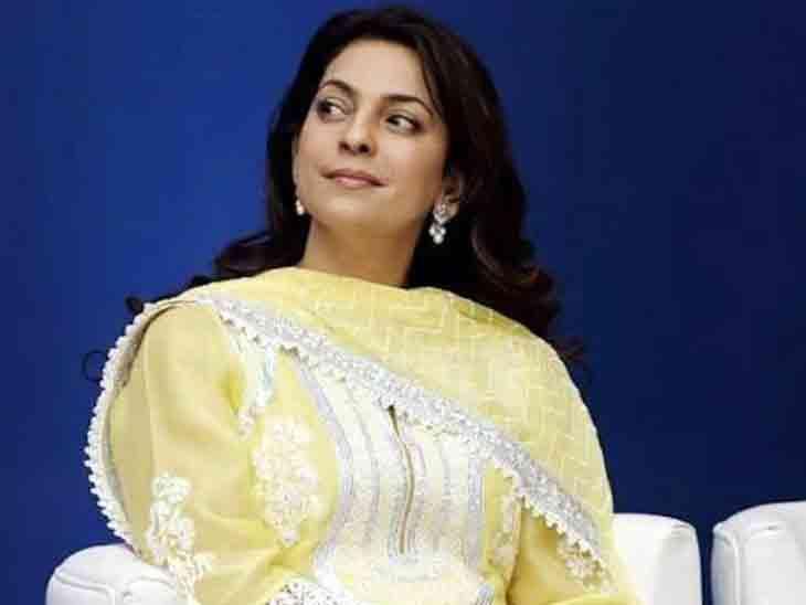 દિલ્હી હાઈકોર્ટે જૂહી ચાવલાને 20 લાખ રૂપિયાનો દંડ ફટકારીને કહ્યું, મીડિયા પબ્લિસિટી માટે કોર્ટનો સમય બરબાદ કર્યો બોલિવૂડ,Bollywood - Divya Bhaskar
