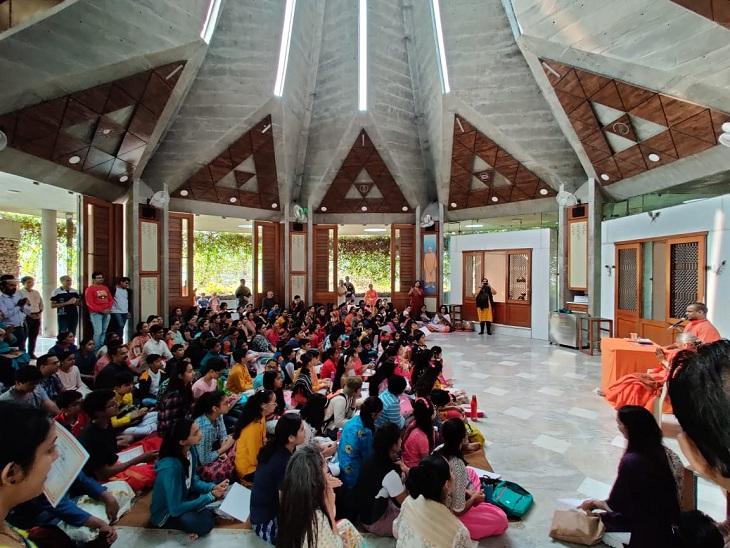 ચિન્મય મિશન અમદાવાદ દ્વારા 1થી 15 વર્ષના બાળકો માટે બાલવિહારના ઑનલાઇન વર્ગો શરૂ કરાશે|અમદાવાદ,Ahmedabad - Divya Bhaskar