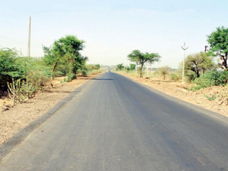 નાયબ મુખ્યમંત્રી નીતિન પટેલે કરજણ અને શિનોર તાલુકાના રસ્તાના કામો માટે 11 કરોડની રકમ મંજૂર કરી|વડોદરા,Vadodara - Divya Bhaskar