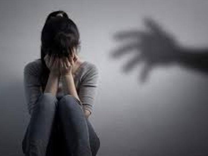 કારેલીબાગમાં માનસિક અસ્વસ્થ યુવતીની છેડતી, દુષ્કર્મનો પ્રયાસ|વડોદરા,Vadodara - Divya Bhaskar