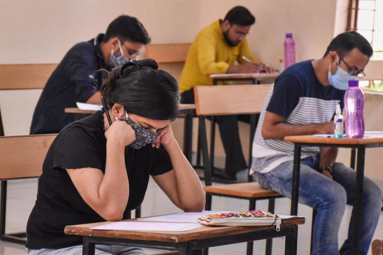 CAની પરીક્ષાઓ 5 જુલાઈથી CSની 10 ઑગસ્ટથી લેવાશે,ડિપ્લોમા ઈજનેરી માટે 17 જૂનથી રજિસ્ટ્રેશન શરૂ થશે|અમદાવાદ,Ahmedabad - Divya Bhaskar