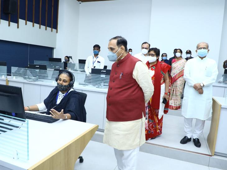 ઓનલાઇન અભ્યાસ અને શિક્ષકોની હાજરીના મોનિટરિંગ માટે ગાંધીનગરમાં મુખ્યમંત્રીના હસ્તે કમાન્ડ એન્ડ કંટ્રોલ સેન્ટર 2.0ના નવા ભવનનું લોકાર્પણ|ગાંધીનગર,Gandhinagar - Divya Bhaskar