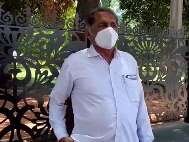 પડધરી તાલુકા ભાજપના પ્રમુખે રાજીનામું આપ્યું, કહ્યું સાસંદ મોહન કુંડારીયાના કહેવાથી પદ છોડ્યું, પક્ષથી નારાજ નથી|રાજકોટ,Rajkot - Divya Bhaskar