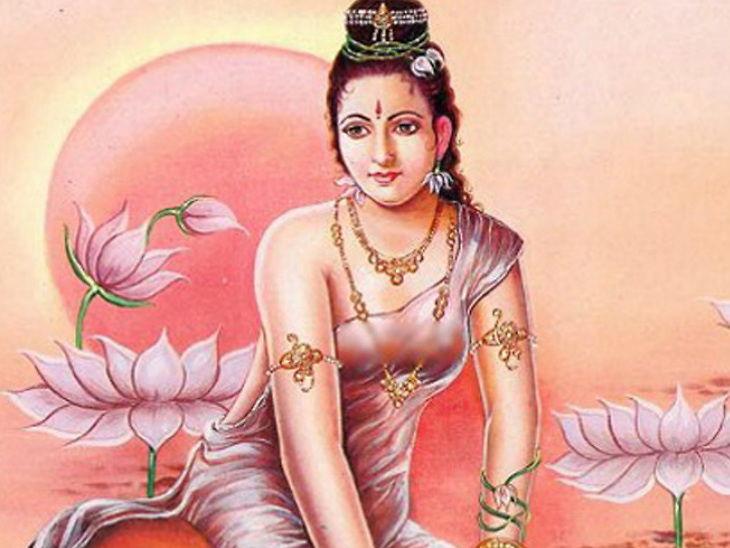 સમુદ્ર મંથનમાંથી અપ્સરા રંભા પ્રકટ થઇ હતી, વિશ્વામિત્રના શ્રાપથી પત્થરની મૂર્તિ બની ગઇ હતી|ધર્મ,Dharm - Divya Bhaskar