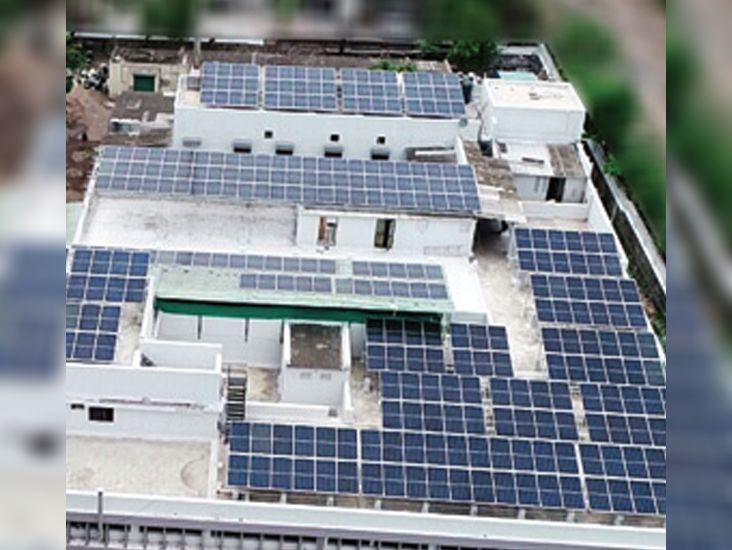 દાસ પેંડાવાળા દ્વારા શહેરનો સૌથી મોટો રૂફ્ટોપ સોલાર પ્લાન્ટ શરૂ|ભાવનગર,Bhavnagar - Divya Bhaskar