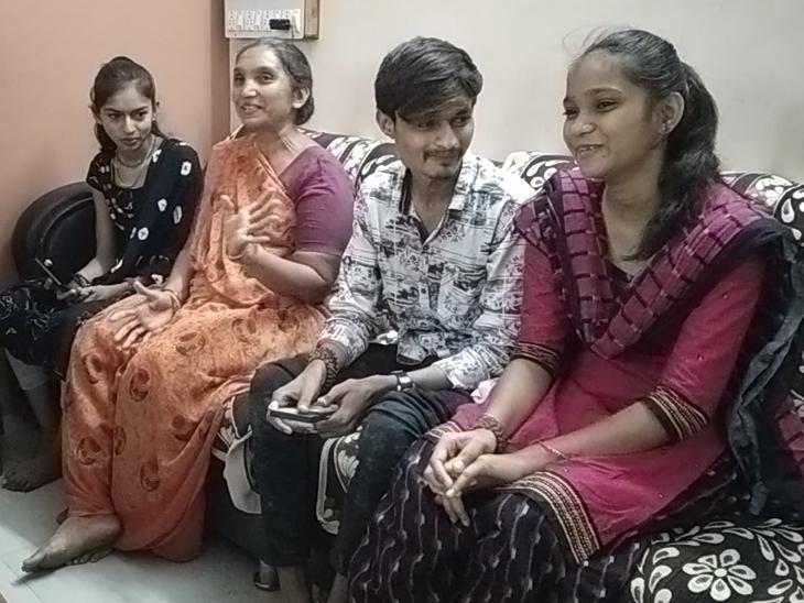 ભારતીય ટીમમાં સિલેક્શન થતાં ચેતનના પરિવારજનો ખુશ