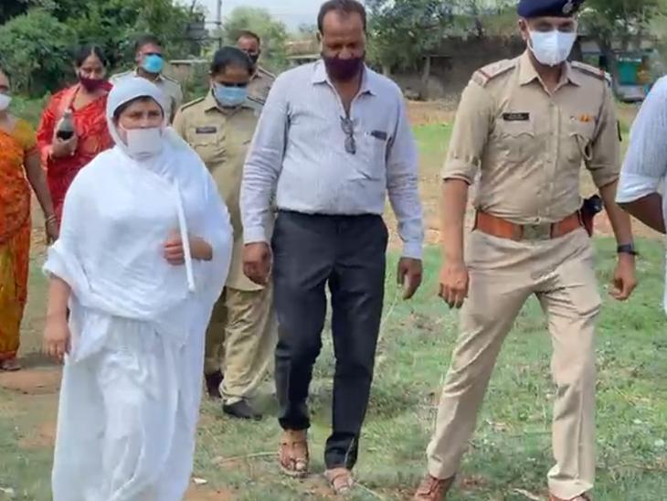પોલીસે સાધ્વીજીને સાથે રાખી રિ-કન્સ્ટ્રક્શન કર્યું - Divya Bhaskar