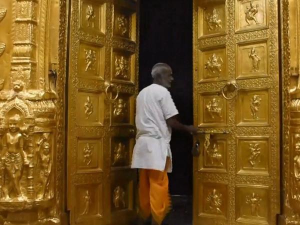 61 દિવસ  સોમનાથ મંદિર બંધ હતું ત્યારે 10 કરોડ લોકોએ  ઓનલાઈન દર્શન કર્યાં હતાં. હવે મંદિર ખુલતા ભાવિકોનો પ્રવાહ ધીમે-ધીમે શરૂ થશે. - Divya Bhaskar