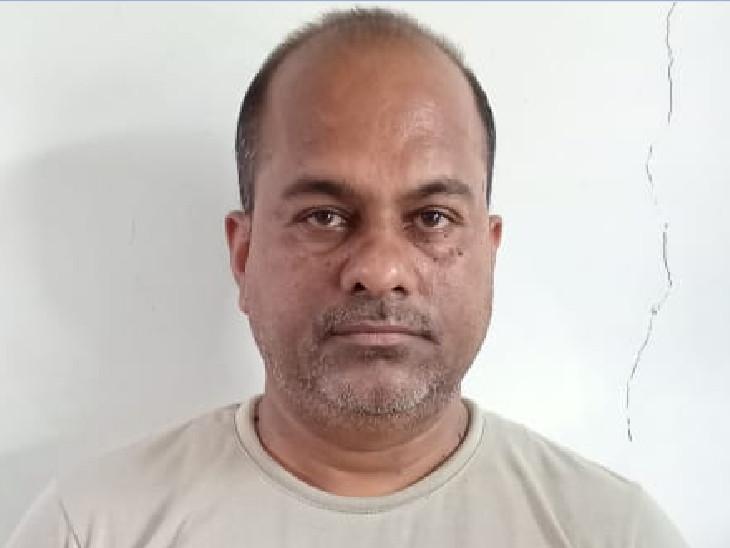 આરોપી અશોક ચોખેલાલ શર્મા - Divya Bhaskar