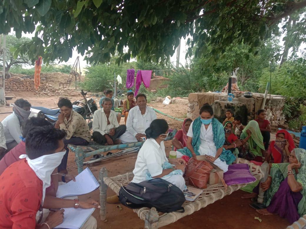 હળવદના રાયધ્રાં ગામના લોકોને ખરાબ કેરીના રસે ઝાડા-ઉલ્ટી કરાવ્યા - Divya Bhaskar