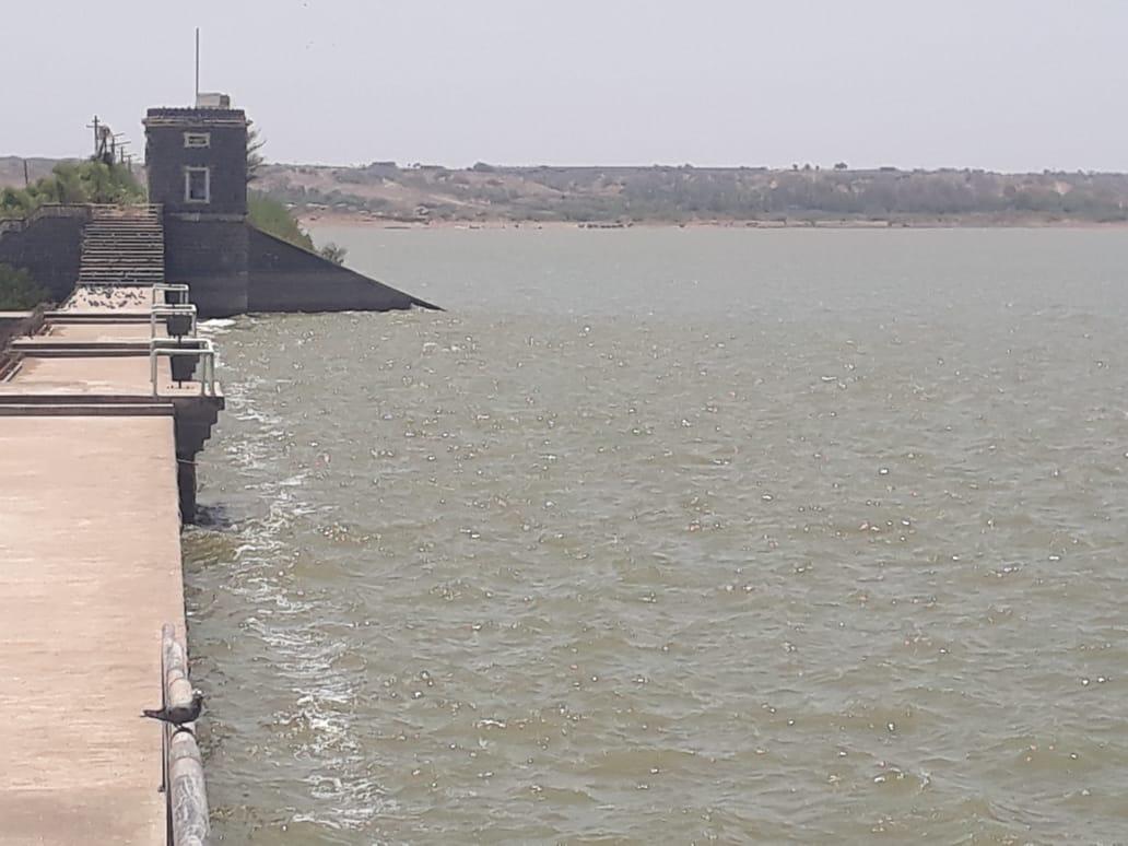 જામનગરમાં અઢી માસ ચાલે તેટલું પાણી, શહેરમાં દૈનિક 110 એમએલડી પાણીની જરૂર|જામનગર,Jamnagar - Divya Bhaskar